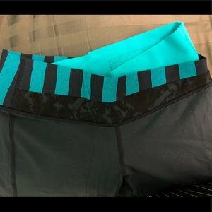 Teal/navy/blue lulu lemon yoga pants